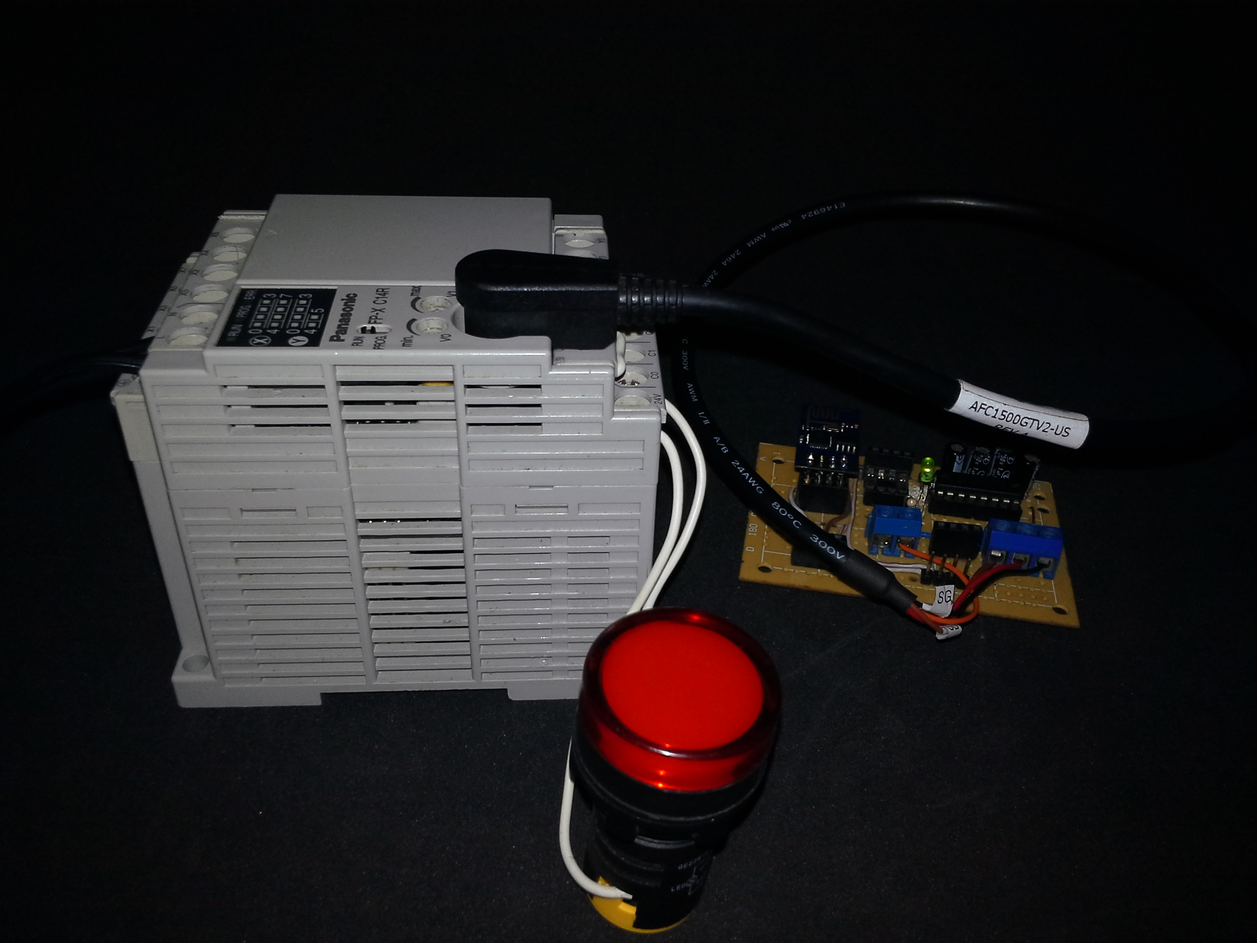 plc-esp8266-01-pdacontrol